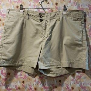 Gap Short-Size 20